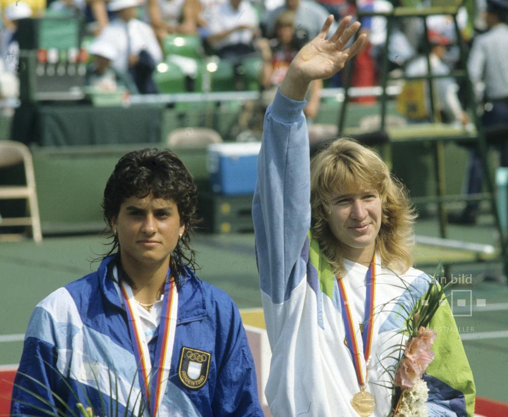 Steffi Graf hat das Endspiel im Damentennis gegen Gabriela Sabatini bei den Olympischen Sommerspielen 1988 in Seoul gewonnen.