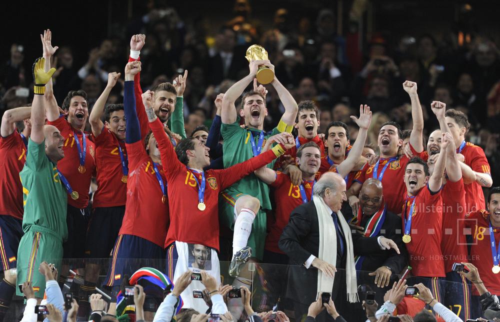 Spanien ist Fußball-Weltmeister 2010 in Südafrika nach dem Sieg gegen die Niederlande (1:0 n.V.)