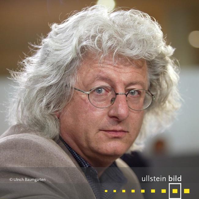 Peter Esterhazy † 14. Juli 2016 in Budapest