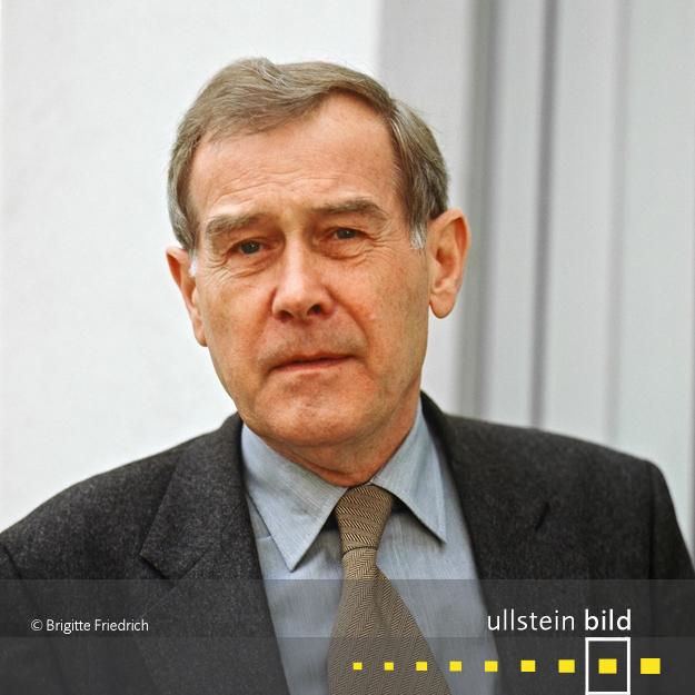 Eberhard Jäckel † 15. August 2017 in Stuttgart