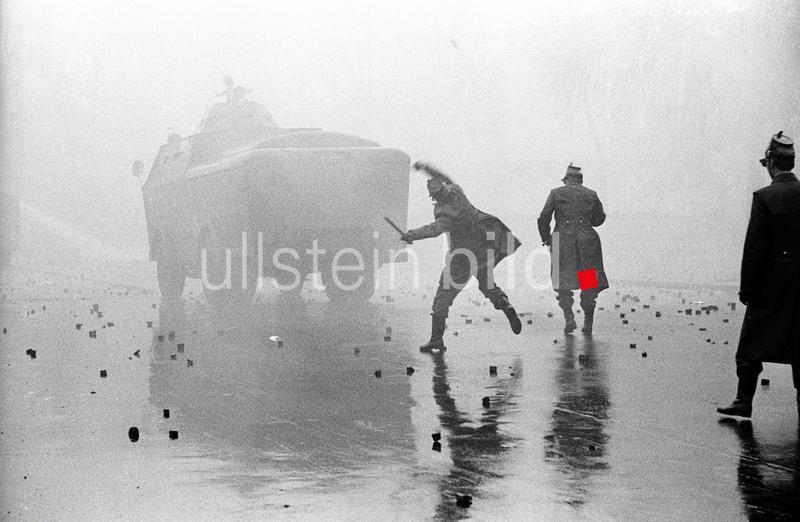 Straßenschlacht am Tegeler Weg in Berlin am 4. November 1968