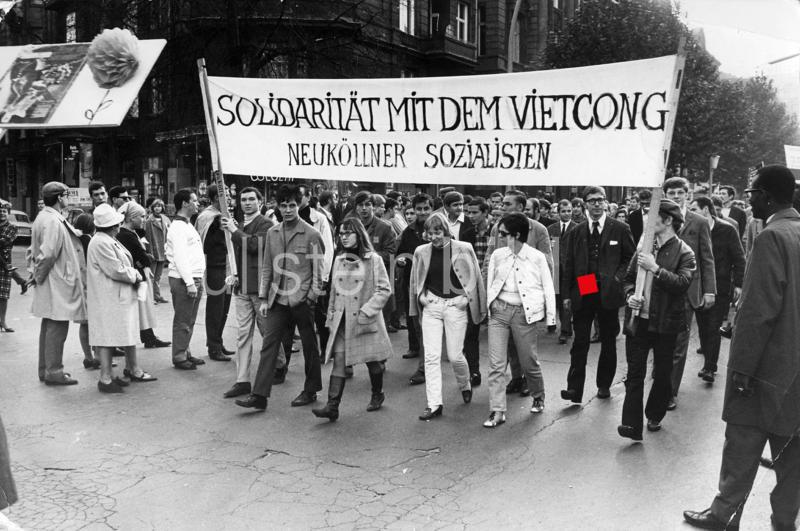 Demonstrationen gegen den Vietnamkrieg in Berlin 1966-68