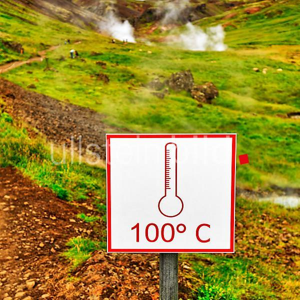 Shield, 100 degrees Celsius, warns of boiling hot water, geothermal area Reykjadalur, Hveragerði, Hveragerdi, Iceland, Europe