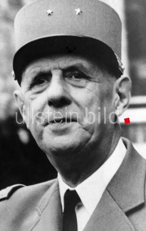 Charles DE GAULLE 50.Todestag am 09.November 2020 / 76 Bilder