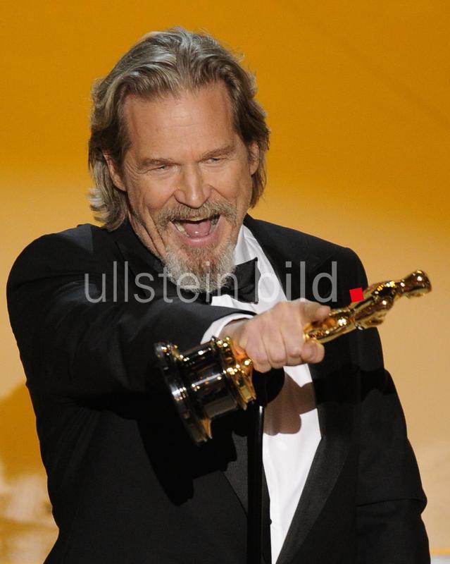 Bridges, Jeff - Schauspieler, USA - mit dem Oscar als 'Bester Hauptdarsteller' in dem Film 'Crazy Heart' - 82. Oscarverleihung - 07.03.2010  AP