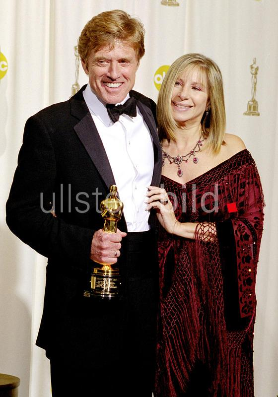 Robert Redford and Barbra Streisand at the 74th Annual Academy Awards, 2002